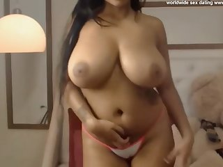 young big tits beamy ebony tease