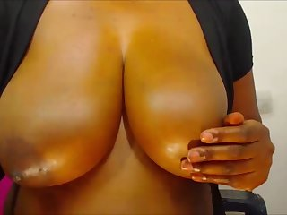 beamy ebony tits